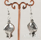 Lovely 10*20Mm Metal Fish Charm Dangle Earrings With Fish Hook