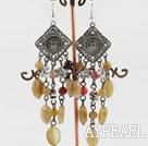 Wholesale chandelier shape  vintage style three color jade earrings
