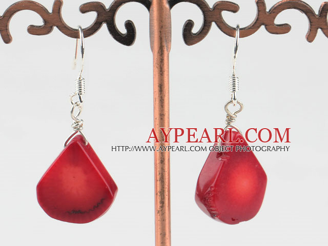 Lovely Stil Drop Shape Red Coral øredobber