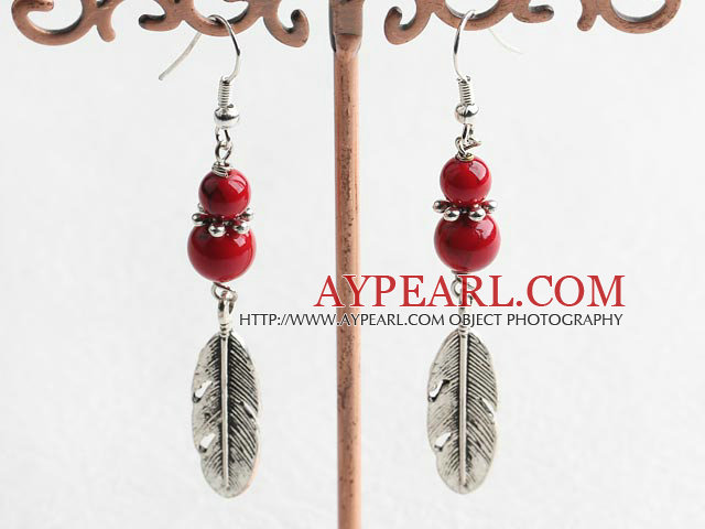 Lovely Round Blood Stone And Leaf Charm Dangle Earrings With Fish Hook