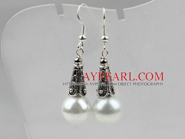 Classic Design White Color Shell Beads Earrings