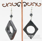 Wholesale black flower jade earrings with hollow center