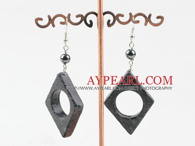 black flower jade earrings with hollow center