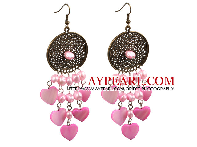 Vintage Style Chandelier Shape Pink Pearl Heart Shell Dangle Earrings With Round Bronze Accessory