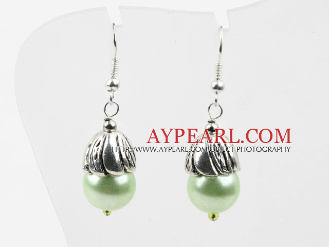 Simple, style Green Light Perles de coquillage Boucles d'oreilles