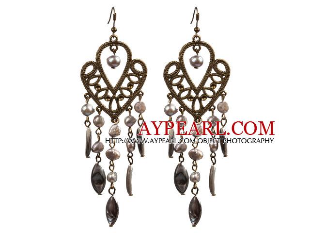 Vintage Style Chandelier Shape Grey Pearl Eye Shape Shell Dangle Earrings With Heart Shape Bronze Accessory