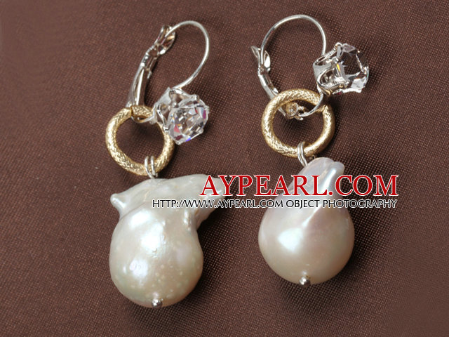Fashion New Design Nuclear Pearl Dangle Golden Loop Earrings With Rhinestone Hook