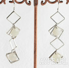Fashion 8Mm Round Serpentine Jade And Hollow Rhombus Metal Dangle Earrings