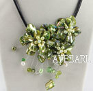 Wholesale beautiful 17.7 inches green pearl and shell flower necklace