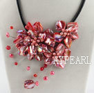 Wholesale beautiful 17.7 inches red pearl and shell flower necklace