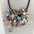 beautiful 17.7 inches colorful pearl and shell flower necklace