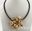 17.7 inches golden color shell flower pearl necklace with magnetic clasp