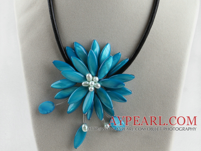 17.7 inches sky blue shell flower pearl necklace with magnetic clasp