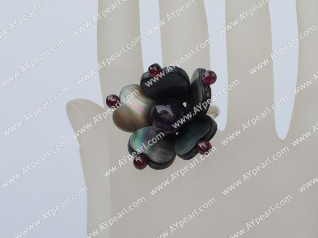 Beautiful Round Garnet Amethyst And Heart Shape Black Lip Shell Adjustable Ring
