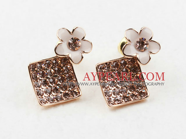 Fashion Style Rhombus Shape Rhinestone with Flower Accessories Gold Plated Hypoallergenic Studs Earrings