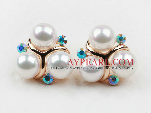 Fashion Style Immitation Round Pearl with Blue Rhinestone Gold Plated Hypoallergenic Studs Earrings