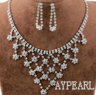 Shining Alloy With Rhinestones Wedding Bridal Jewelry Set(Necklace and Matched Earrings)
