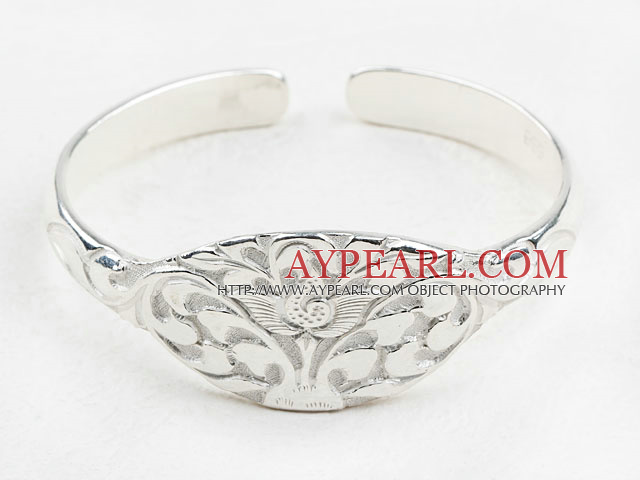 Fashion Style Sterling Silver(99.9% Silver) Bangle (With the Pattern of Lotus )