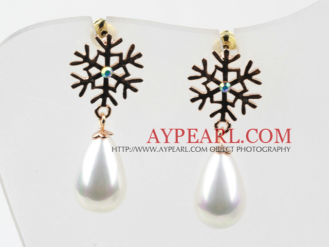Immitation Drop Pearl with Snowflake Rhinestone Gold Plated Hypoallergenic Studs Earrings