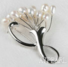 admirably rice shape white  color 5-6mm pearl brooch