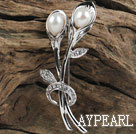 sparkly good quality natural white pearl flower brooch with rhinestone