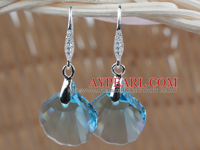 16mm Sky Blue Color Scallops Shape Austrian Crystal Earrings
