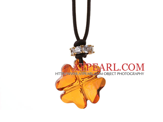 Summer New Released Champagne Austrian Crystal Four Leaf Clover Pendant Necklace with Dark Brown Leather
