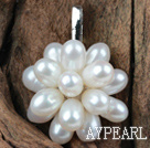 Wholesale Natural White Freshwater Pearl Flower Shape Pendant (No Chain)