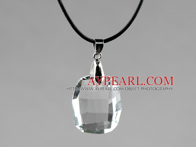 Simple Style 28mm White Austrian Crystal Rounded Rectangle Pendant Necklace
