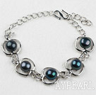 Fashion Style Black Freshwater Pearl with Apple Shape Metal Bracelet with Adjustable Chain