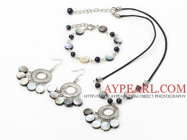 pearl and black lip shell necklace bracelet earring set