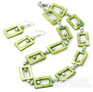 Wholesale beautiful green pearl and shell necklace earring set