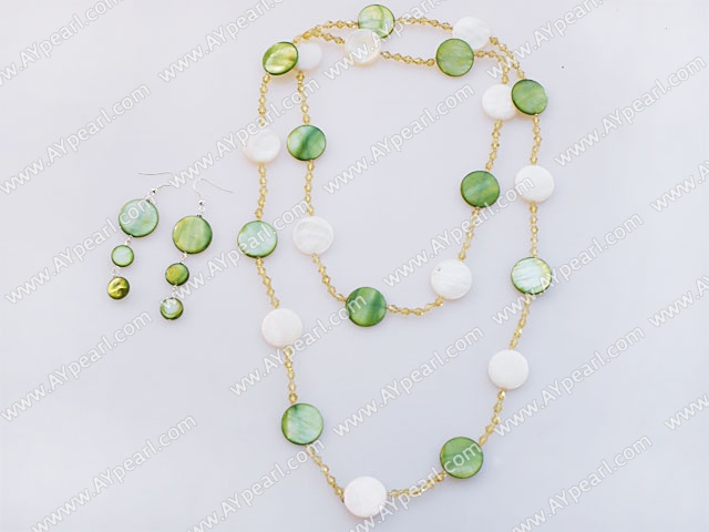 Fashion Long White And Green Disc Shell Necklace And Earrings Sets