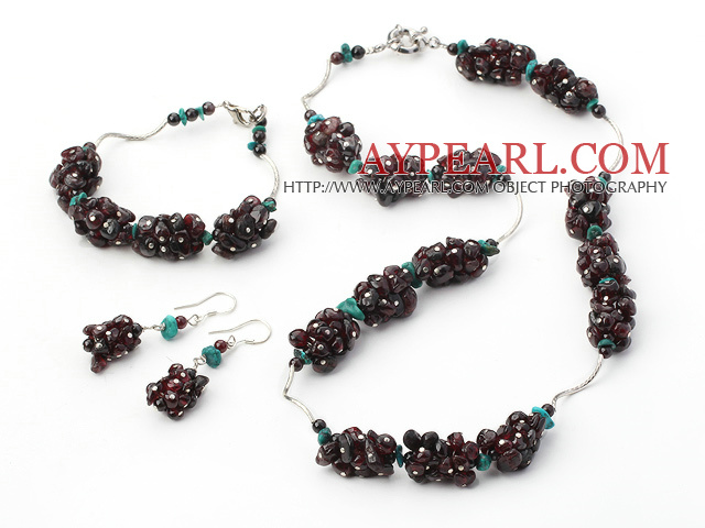 Fashion Cluster Style Chipped Garnet And Blue Turquoise Wired Sets (Necklace Bracelet With Matched Earrings)