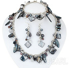 Wholesale Black Series Assorted Black Pearl Shell Set with Metal Chain ( Necklace Bracelet and Matched Earrings )