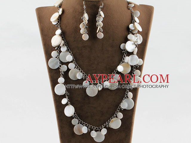 white disc shape shell crystal necklace earrings set