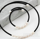 Simple Design White Freshwater Pearl Choker Set (Necklace and Matched Bracelet)