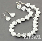 16mm howlite necklace with matched earrings