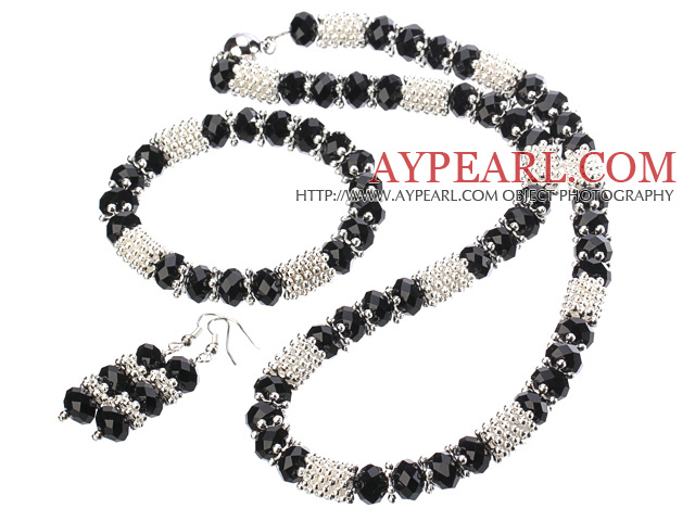 Elegant Fashion Black Crystal Set With Magnetic Clasp And Metal Accessory (Necklace With Matched Bracelet And Earrings )