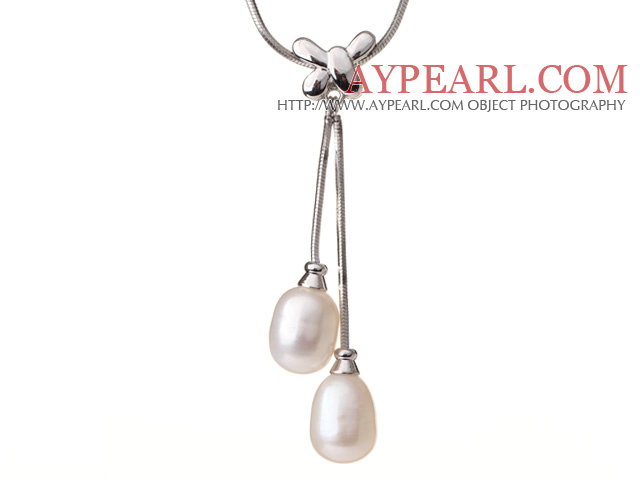 white porcelain graduated  necklace