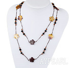 fashion costume jewelry black crystal and vitelline stone necklace