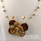 Wholesale brown butterfly shell pearl necklace with moonlight clasp