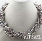 Assorted Gray Tänder Pearl Crystal och Gray Agate Twisted Halsband
