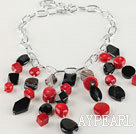 chunky styke red coral and black agate beaded necklace with bold metal chain