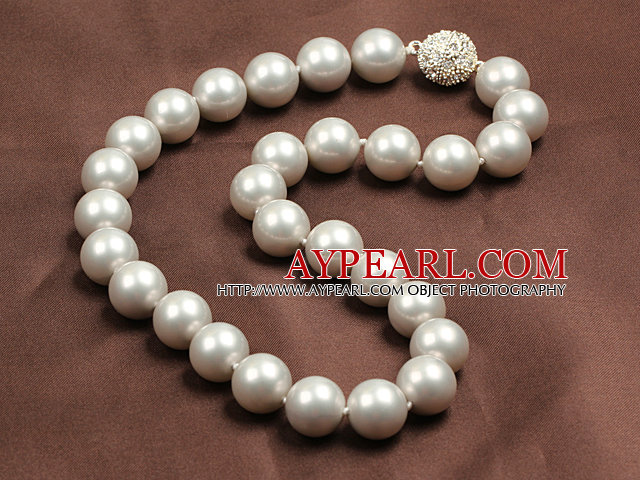 14mm Gray Color Round Sea Shell Beaded Necklace with Magnetic Clasp