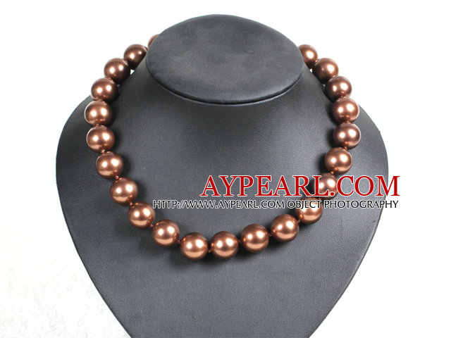 Charming Style 16mm Brown Seashell Beads Choker Necklace