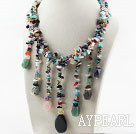 Assortiment de collier multi Pierre Multi Color avec Tassel Pierre