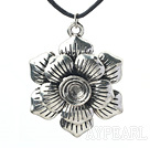 Wholesale lovely 17.7 inches flower pendant necklace with extendable chain