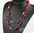 long collier de corail style assortis