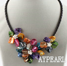Tre stycken av Multi Color Pearl Shell Flower halsband